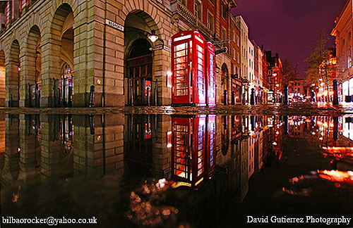London Rain at Night ....in Covent Garden~~~~