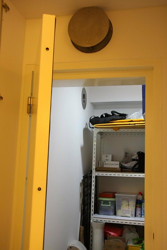 Bomb shelter in a hdb flat for Hdb household shelter design
