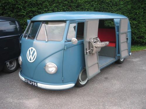 NV-92-72 / 57-XJ-98 Volkswagen Transporter bestelwagen 1955