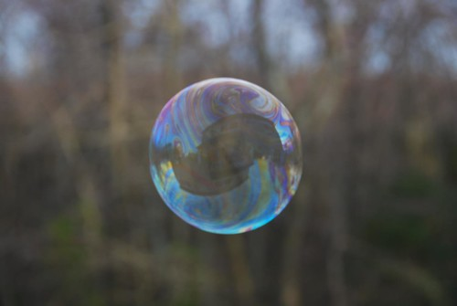 Solitary bubble