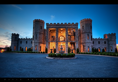 The Castle, Lexington Ky, Castle Post