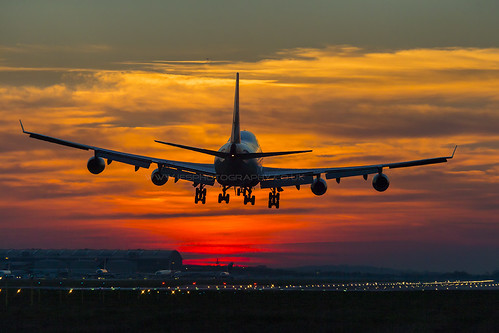 747 Sunset Arrival London Heathrow