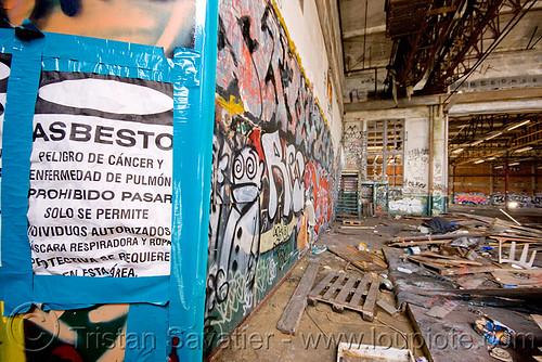 DSC08136 - Danger Asbestos - Abandoned Warehouse in Richmond (near San Francisco)