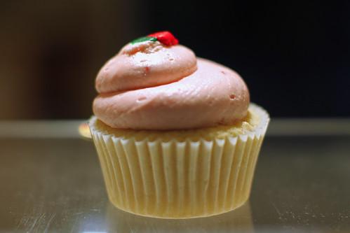 Strawberry Creme Cupcake