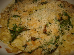 Macaroni & cheese with artichokes & baby spinach