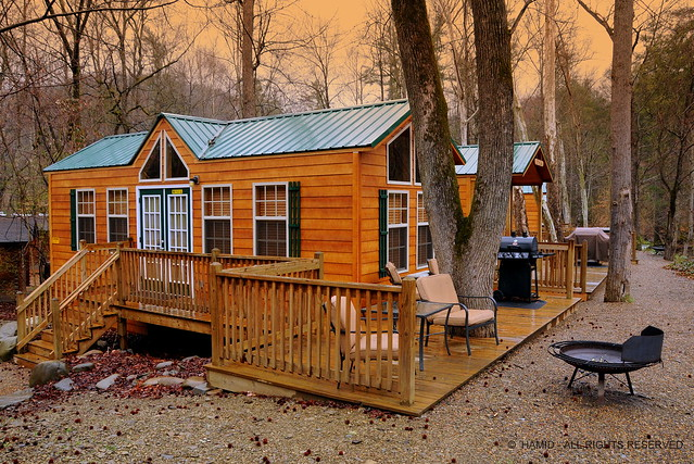 Log Cabins Cottages For Rent By The River In Smokey