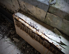 decaying radiator