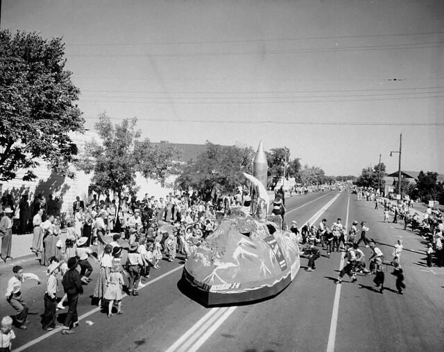Atomic Frontier Days, Rocketship XM Float