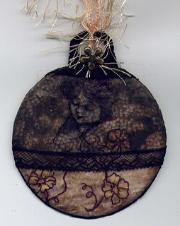 "ALTERED TIN CAN ""Lace chestnut woman"" 013"