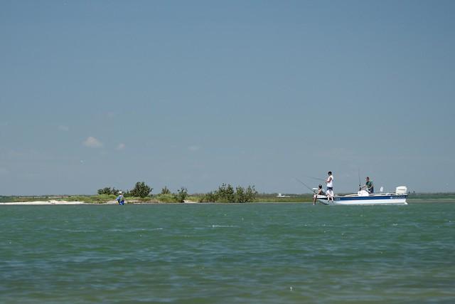 Fishing corpus christi bay was full of fishermen for Fishing in corpus christi texas