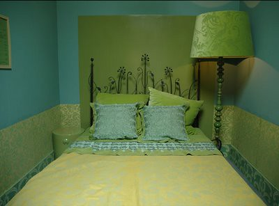 Green Bedroom Ideas on Ideas For Small Spaces  Bold  Cheerful Blue   Green Bedroom   Damask