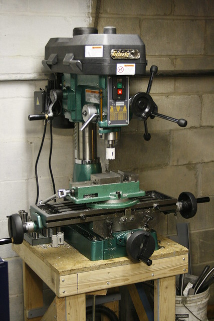 used grizzly milling machine