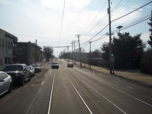 Elmwood Av - 69th St