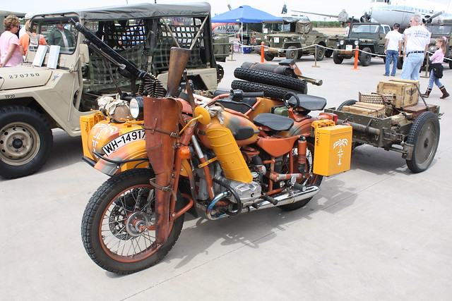 California Sidecar Trailers for Motorcycles http://www.flickr.com/photos/rob-the-org/3453567233/