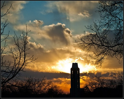 clouds sunrise campus university olympus campanile ku kansas rays sunrays universityofkansas e410