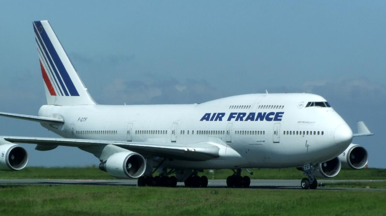 Air france boeing 747 400 a photo on flickriver for Interieur 747 air france