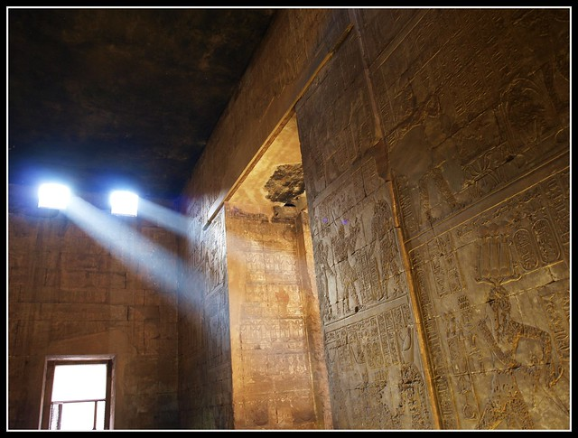 #Fotos de egipto #Egypt photos #Egipto #Egypt #Cairo #Luis Casado Bermejo #Luis Montenegro #国家地理杂志: Discovering Edfu Temple (Posted on the website of National Geographic