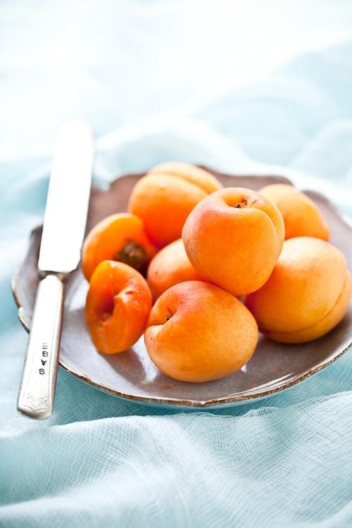 Tartelette: Apricot Almond Tart - Tarte Abricots Amandes