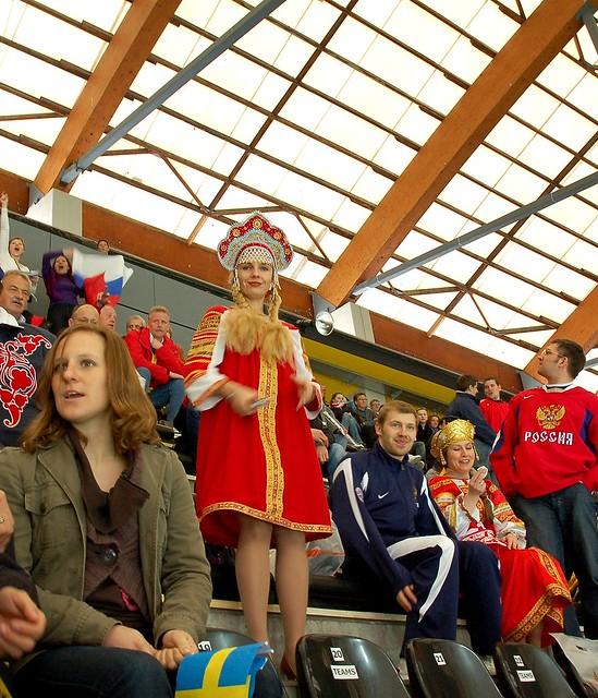 русские болельщики   Flickr - Photo Sharing!: http://www.flickr.com/photos/bezrukov/3491286102/