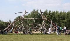 outdoor play equipment(0.0), pole(0.0), fair(0.0), playground(0.0), park(1.0),