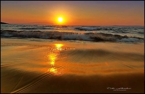 sea sparkles sunrise canon reflections island eos gold waves aegean tokina greece soe chios 50d 1224f4 tolis ελλαδα χιοσ καρφασ flioukas