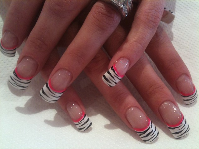 Zebra Tips Nail Art 107