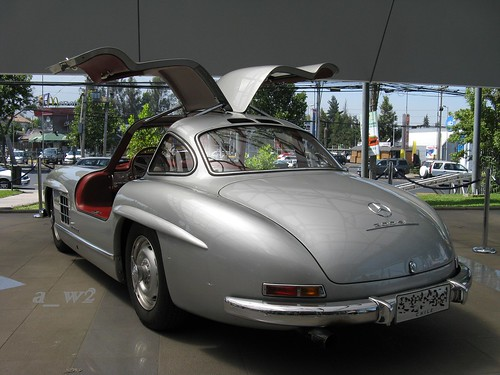 "Mercedes Benz 300SL ""Gullwing"""