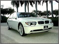 performance car(0.0), bmw 7 series(0.0), automobile(1.0), automotive exterior(1.0), executive car(1.0), wheel(1.0), vehicle(1.0), automotive design(1.0), bumper(1.0), bmw hydrogen 7(1.0), personal luxury car(1.0), land vehicle(1.0), luxury vehicle(1.0),