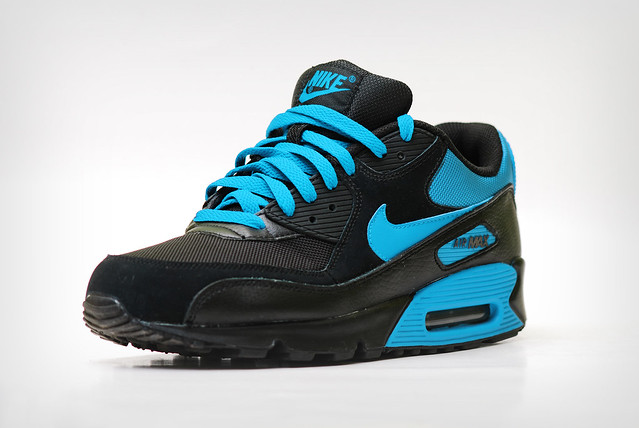 air max 90 blue and black