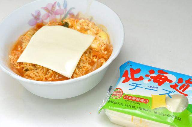 韓國泡菜泡麵加起司
