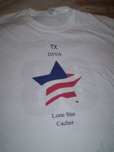 TX Diva geocaching shirt