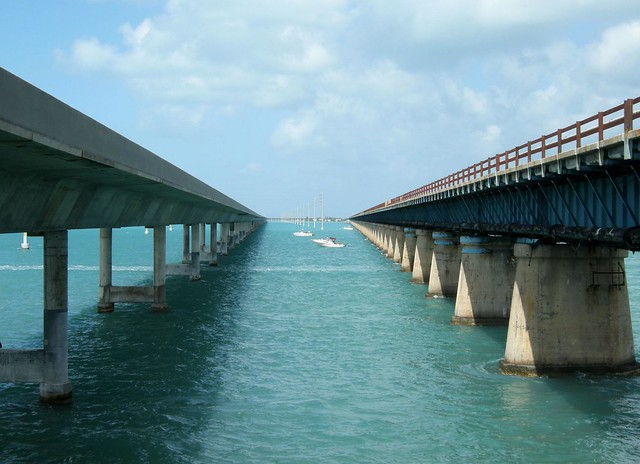 The new & old Seven Mile Bridge