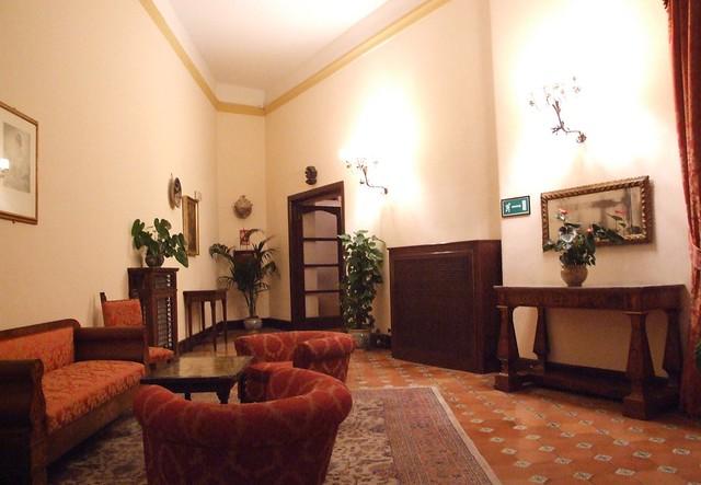 Hotel San Domenico-Taormina-Sicilia-Italy - Creative Commons by gnuckx