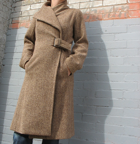 etsy_coachcoat_brown_collar_up