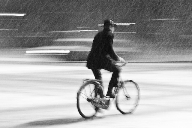 Snowstorm Handsome - Cycling in Winter in Copenhagen