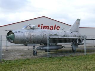 Seite: Suchoi Su-7B