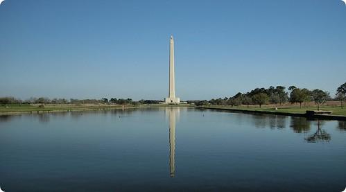 reflection monument water architecture texas houston olympus zuiko sanjacinto evolt battleground e510 zd 1454mm 1454