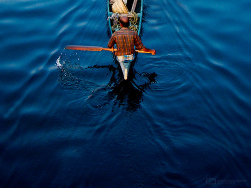 blue sunset india water flickr sony cybershot kerala canoe splash cochin h7