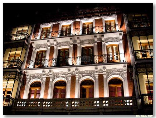 Toledo_plaza_zocodover_night by VRfoto