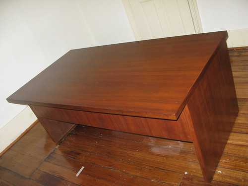 Desk for free - Restored! (taken!)