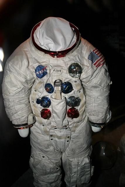 apollo 13 space suit - photo #15