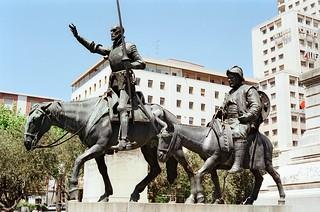 //10g/50/96/1f - Don Quixote & Sancho Panza  / Plaza de Espana, Madrid 1987