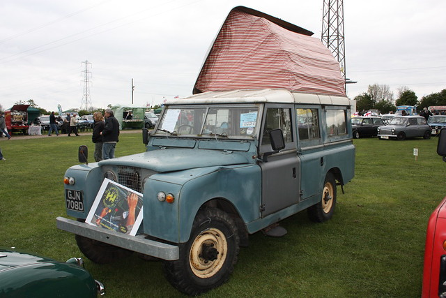 1962 Landrover 109 Male Models Picture