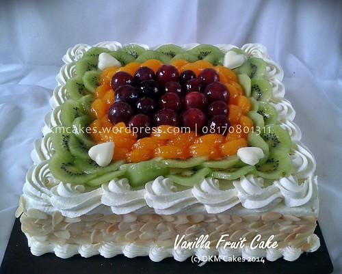 Vanilla fruit cake dkm cakes jember