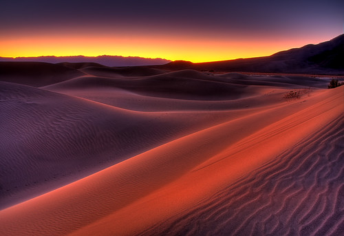 world california copyright usa night sunrise canon landscape photo clear deathvalley sanddune 2009 hdr allrightsreserved trekker stovepipewells deathvalleynationalpark mesquitedunes 40d photographersnaturecom davetoussaint