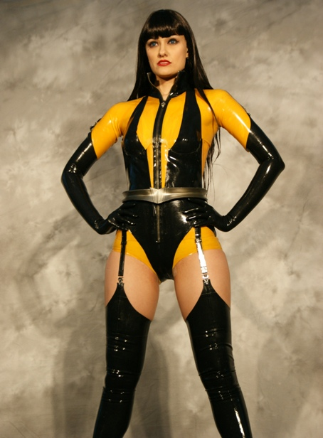 Silk Spectre - WATCHMEN - a photo on Flickriver