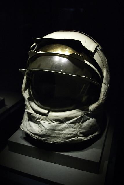 apollo 13 astronaut helmet - photo #22