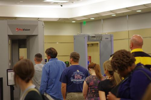 IMGP2158-TSA Body Scanner Line