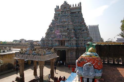 Die Bereiche von Sri Rangam sind durch Mauern voneinander getrennt. Es ist mehr eine Stadt von Tempeln als eine einzige Anlage