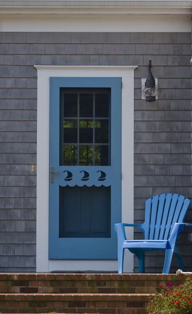 Cape cod front doors cape cod front door craftsman entry for Cape cod front door styles